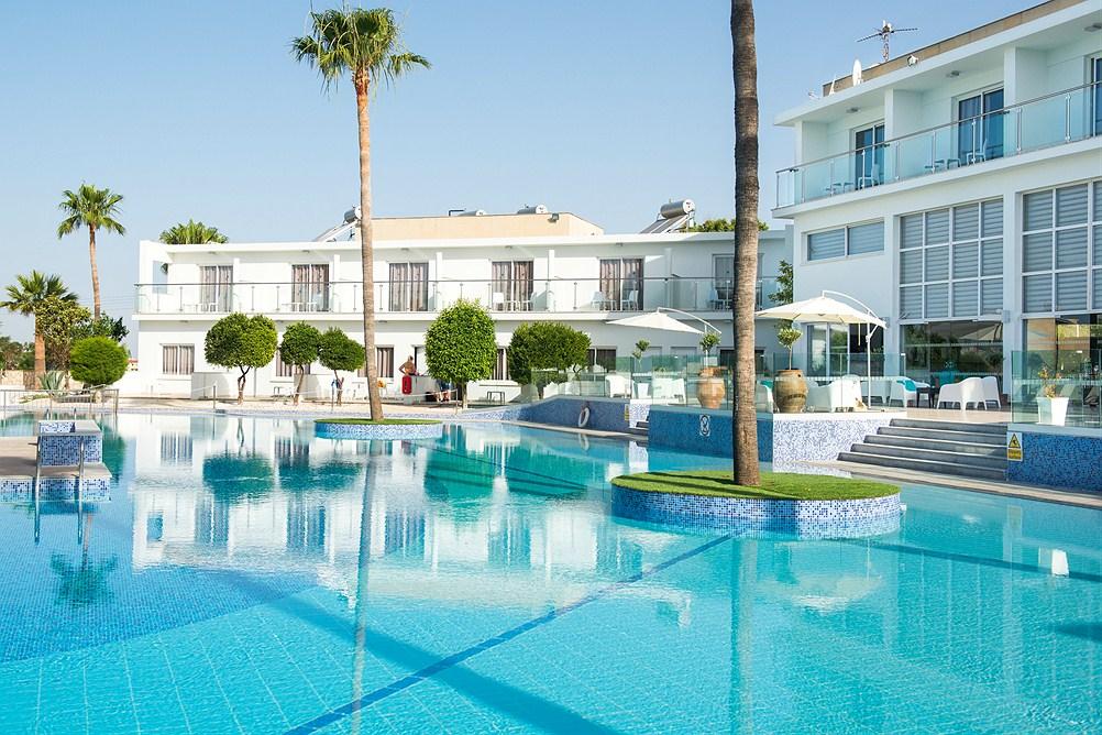 http://www.budavartours.hu/binaries//content/gallery/budavar/locations/accomodations/Ciprus/Ayia+Napa/Fedrania+Gardens+Hotel/fedriana-gardens-hotel-ciprus-ayia-napa.jpg