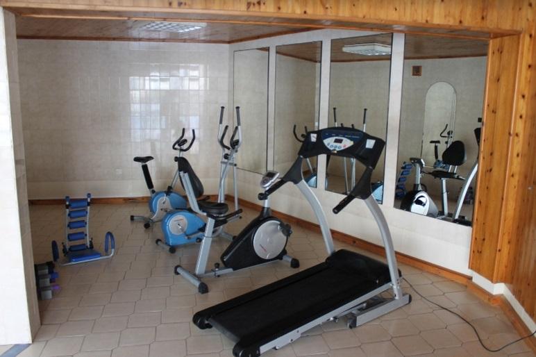 http://www.budavartours.hu/binaries//content/gallery/budavar/locations/accomodations/Ciprus/Kyrenia/L.A.+Beach+Resort/fitness.jpg
