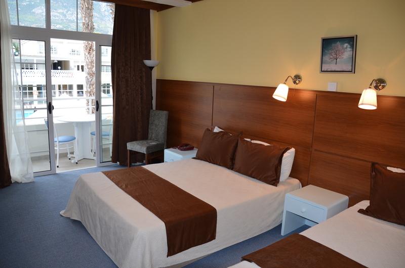http://www.budavartours.hu/binaries//content/gallery/budavar/locations/accomodations/Ciprus/Kyrenia/L.A.+Beach+Resort/la-hotel-5.jpg