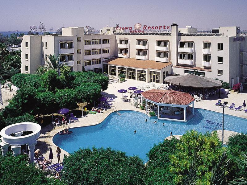 http://www.budavartours.hu/binaries//content/gallery/budavar/locations/accomodations/Ciprus/Larnaca/Crown+Resorts+Hotel+Henipa/cr-henipa-02.jpg