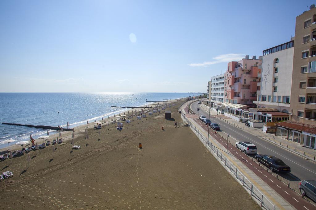 http://www.budavartours.hu/binaries//content/gallery/budavar/locations/accomodations/Ciprus/Larnaca/Flamingo+Beach+Hotel/57193473.jpg