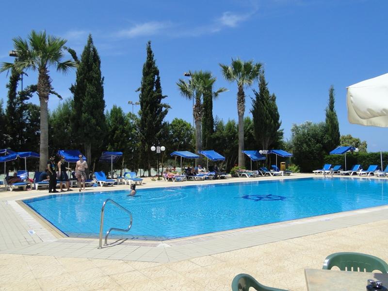 http://www.budavartours.hu/binaries//content/gallery/budavar/locations/accomodations/Ciprus/Protaras/Kapetanios+Bay+Hotel/kapetianos-kiskep-1_4.jpg