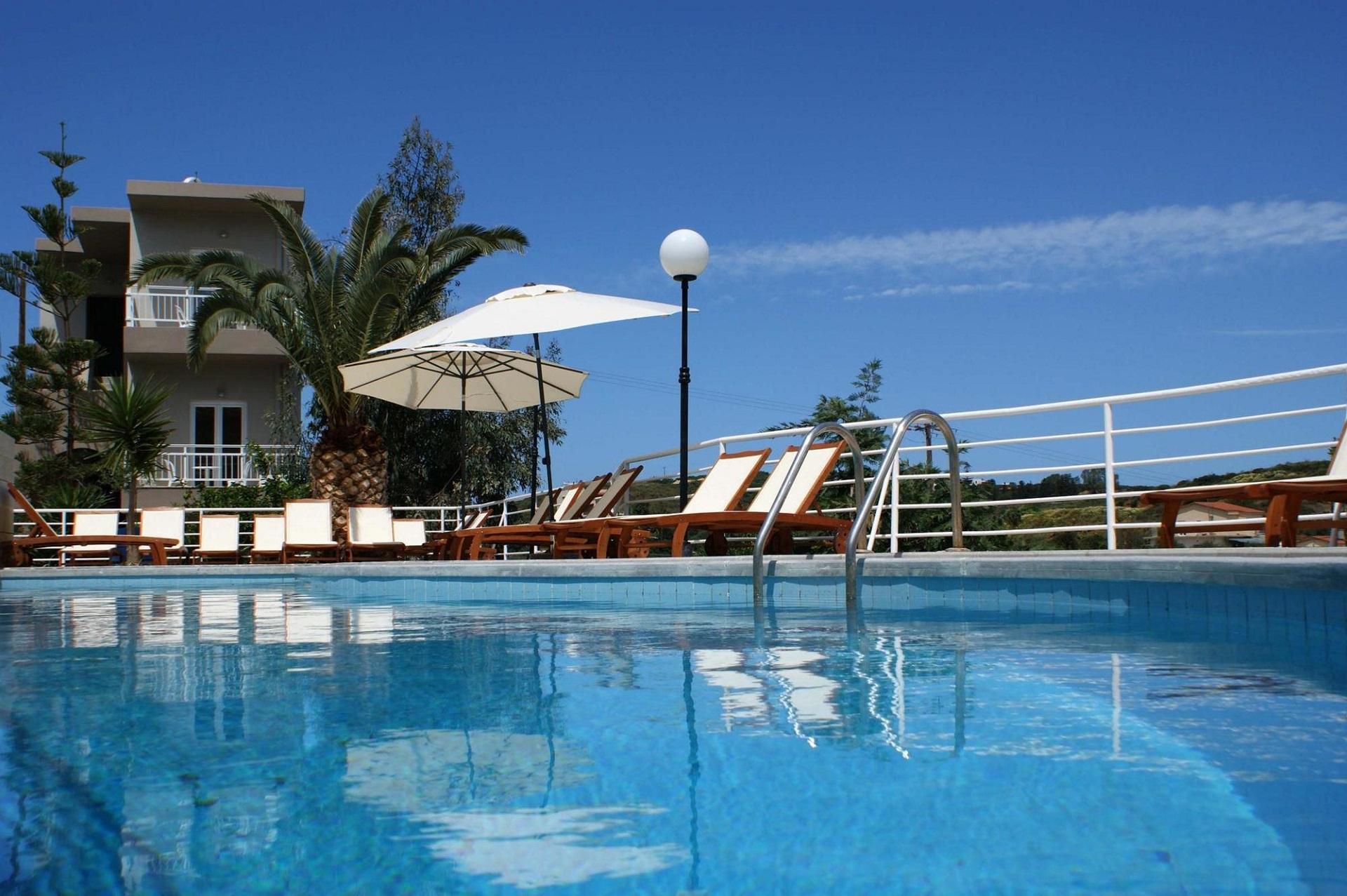http://www.budavartours.hu/binaries//content/gallery/budavar/locations/accomodations/G%C3%B6r%C3%B6gorsz%C3%A1g/Agia+Pelagia/Pelagia+Bay+Hotel/pelagia-bay-hotel-kreta-gorogorszag-greece-crete-main.jpg