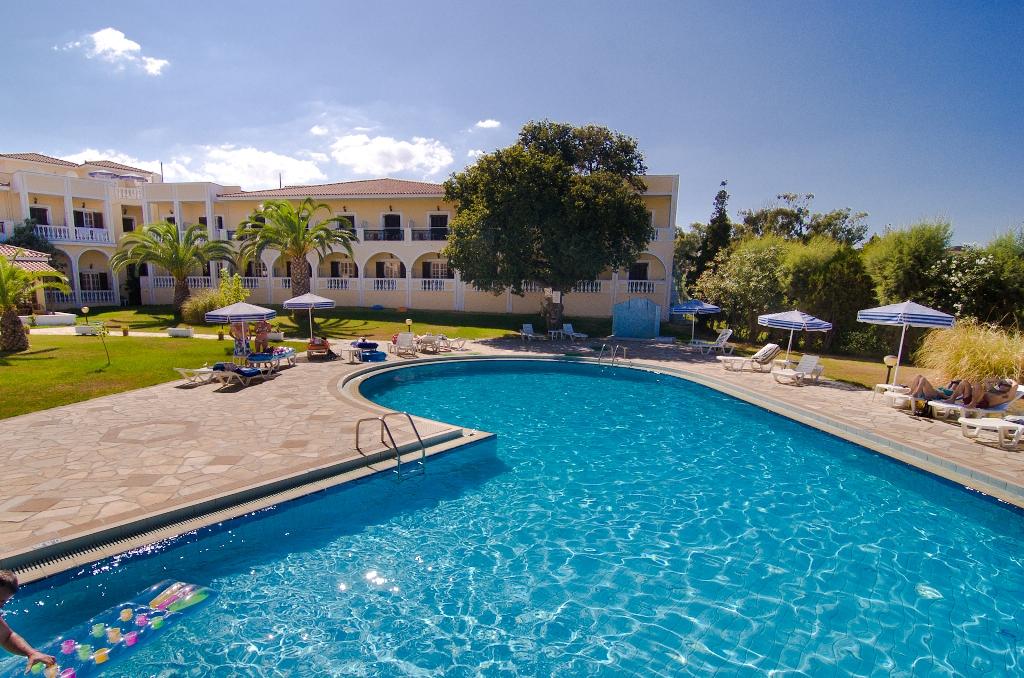 http://www.budavartours.hu/binaries//content/gallery/budavar/locations/accomodations/G%C3%B6r%C3%B6gorsz%C3%A1g/Argassi/Palmyra+Hotel/s_dscf4971.jpg
