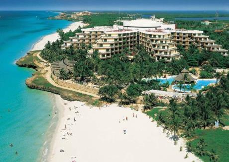 http://www.budavartours.hu/binaries//content/gallery/budavar/locations/accomodations/Kuba/Varadero/melia-varadero-hotel-5-csillag/melia-varadero-epulet.jpg