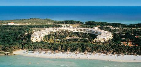http://www.budavartours.hu/binaries//content/gallery/budavar/locations/accomodations/Kuba/Varadero/sol-palmeras-hotel-4-csillag/sol-palmeras-epulet.jpg