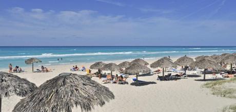 http://www.budavartours.hu/binaries//content/gallery/budavar/locations/accomodations/Kuba/Varadero/sol-sirenas-coral-hotel-4-csillag/sol-sirenas-part.jpg