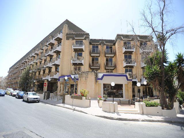 /content/gallery/budavar/locations/accomodations/M%C3%A1lta/st.-paul-s-bay/The+Bugibba+Hotel/bugibba-kulso.jpg