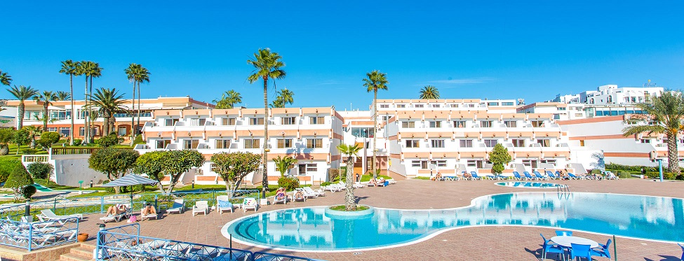 http://www.budavartours.hu/binaries//content/gallery/budavar/locations/accomodations/Marokk%C3%B3/Agadir/Al+Moggar+Beach+Club+Hotel/al_moggar_beach_hotel_agadir_epulet2.jpg