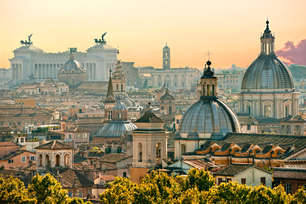 http://www.budavartours.hu/binaries//content/gallery/budavar/programs/programscheme/Olaszorsz%C3%A1g/R%C3%B3ma/olaszorszag---roma-varoslatogatas-2019/rome-view-italy12.jpg